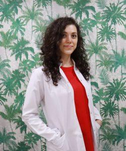 Fizyoterapist Damla Demir
